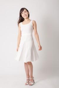宣材写真を白バックで白い服を撮る_MG_7964_2