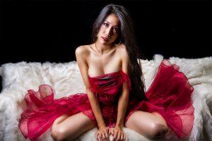 作品撮り・・・赤いドレスの女